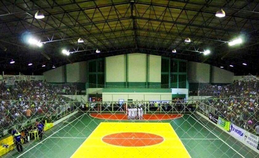 Caldeirão da 158 (Ginásio de Esportes de Paranaíba)