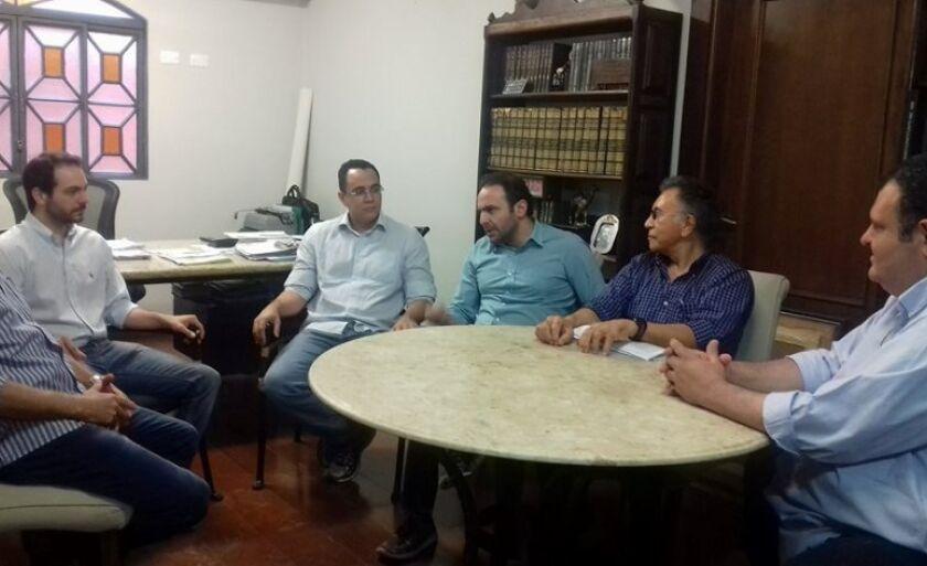 Magistrado foi recepcionado pelo diretor executivo do grupo, Estevão Congro e diretor jurídico, Lucas Congro