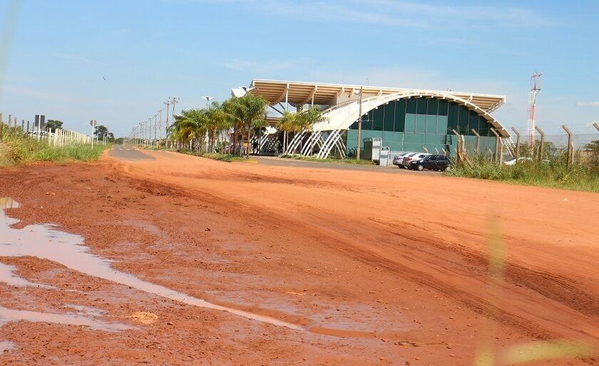Pavimentação terá continuidade após o aeroporto, chegando até o Distrito Industrial
