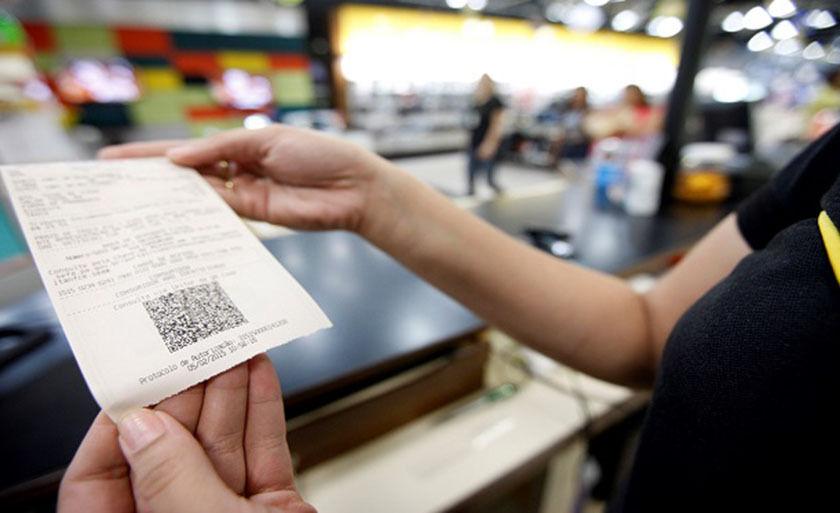 As novas notas fiscais do consumidor eletrônicas são emitidas pelo comércio varejista e já substituíram cupom fiscal na maioria dos estados
