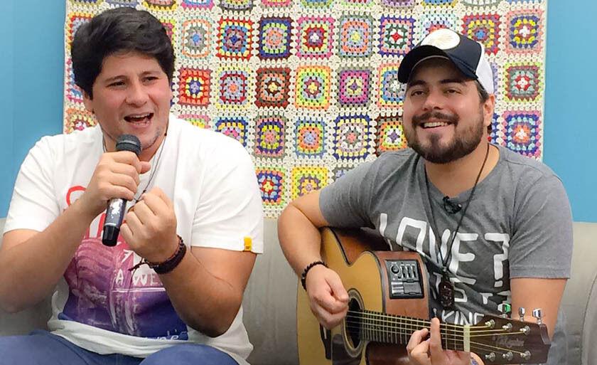 Rapha e Léo se apresentam no Fasta da Band, no Miller, sábado