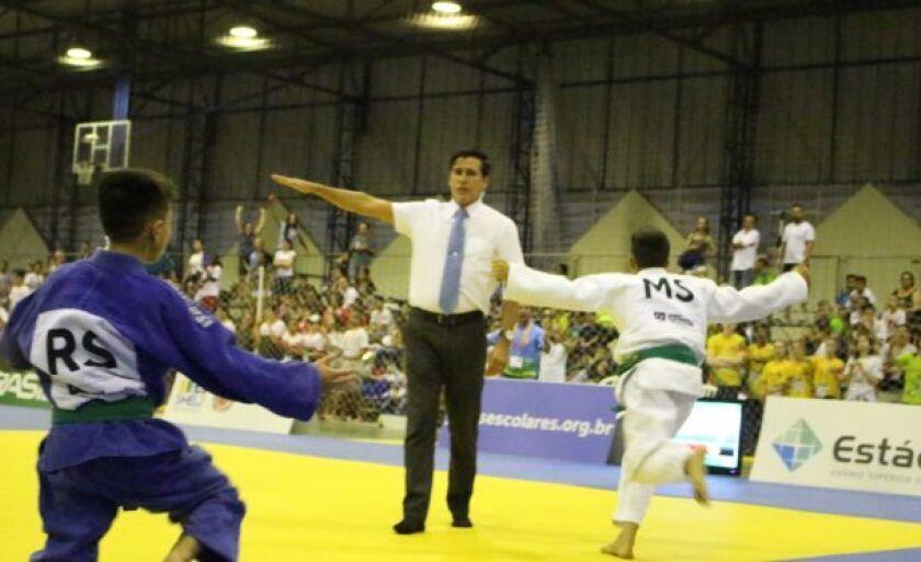 Alex Ortiz já representou Três Lagoas em vários campeonatos com medalhas de ouro e prata