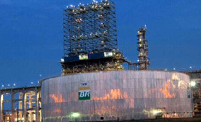 Nos últimos reajustes nas refinarias, gasolina subiu 11,2% desde 31 de agosto e o diesel ficou 8,94% mais caro desde o dia 29