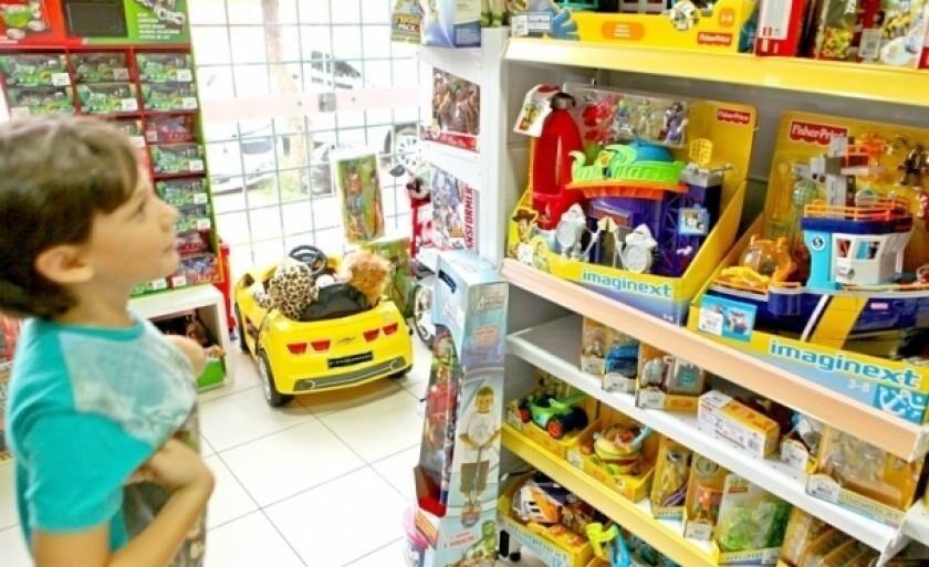 Conforme o levantamento, 55% dos entrevistados vão presentear os filhos com brinquedo