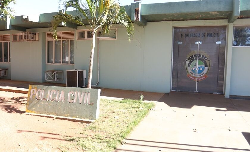 Polícia Civil vai investigar os crimes; câmeras da clínica flagraram ação criminosa