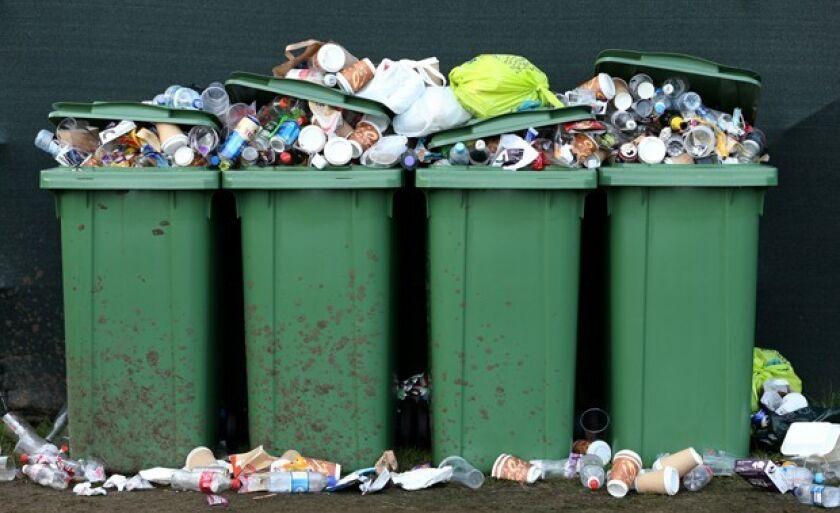Lei sobre coleta de lixo aprovada em 2001 é assunto quase desconhecido em 2017
