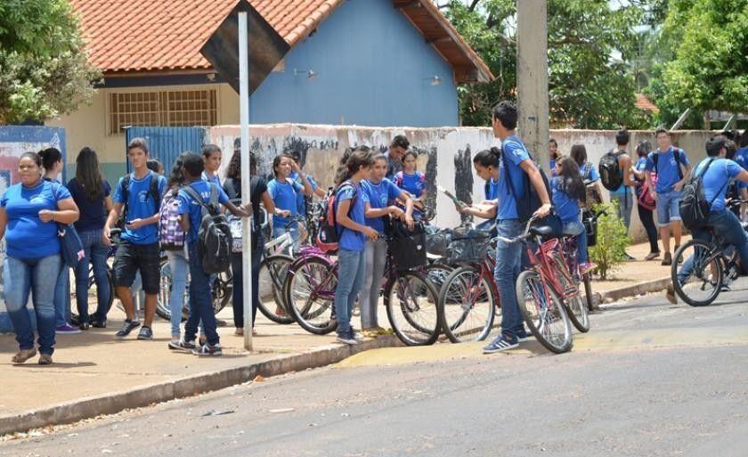 Paralisação deixará mais 10 mil alunos sem aula nesta terça-feira em Três Lagoas