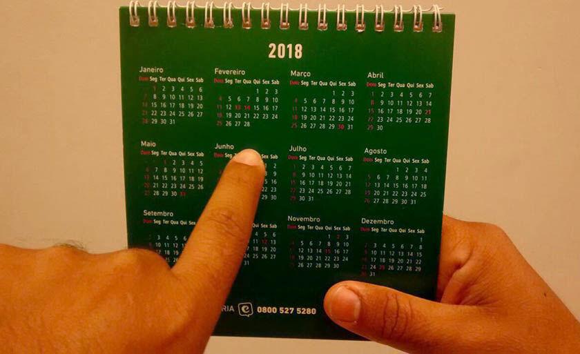 O calendário estipula as datas em que órgãos públicos e entidades da administração direta, autarquias e fundações não estarão funcionando
