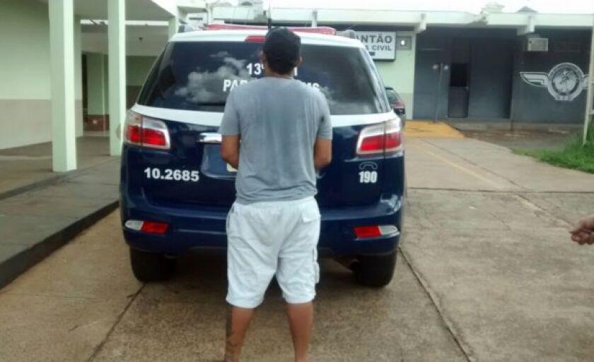 Foi constatado que era foragido do sistema prisional de Paranaíba, onde cumpria pena por roubo