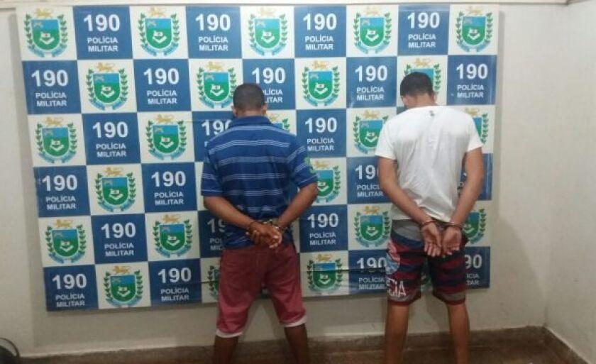 O adolescente foi flagrado em uma residência com um homem de 20 ano e outro jovem de 126 anos