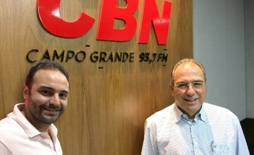Estêvão Congro e Rosário Congro Neto (à dir) receberam homenagens em nome do Grupo RCN