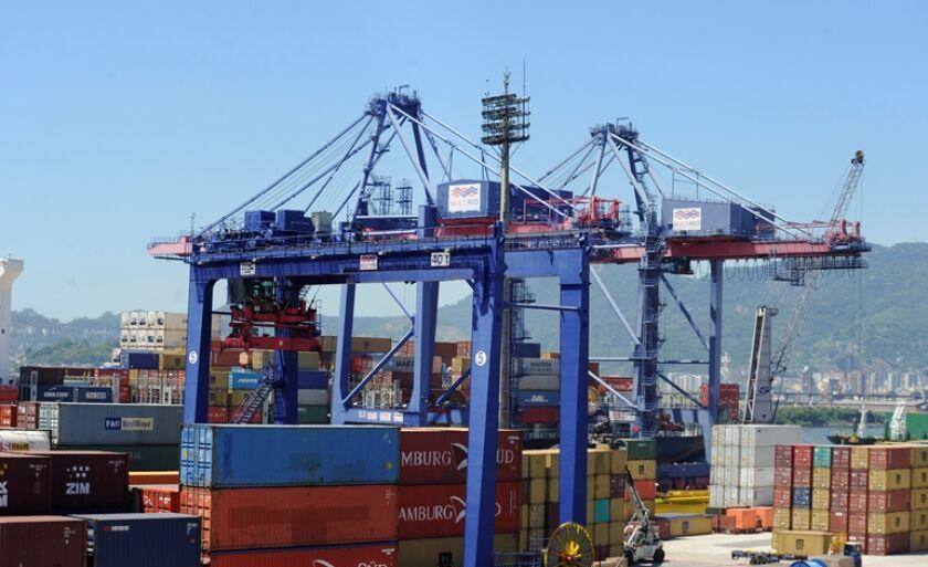 Exportações foram impulsionadas principalmente pela celulose