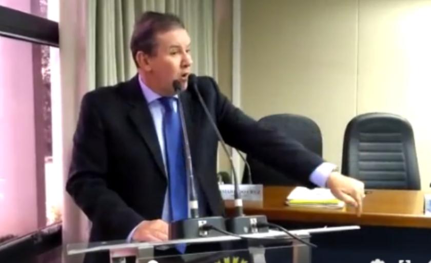 Deputado usou a tribuna da Câmara para pedir providências