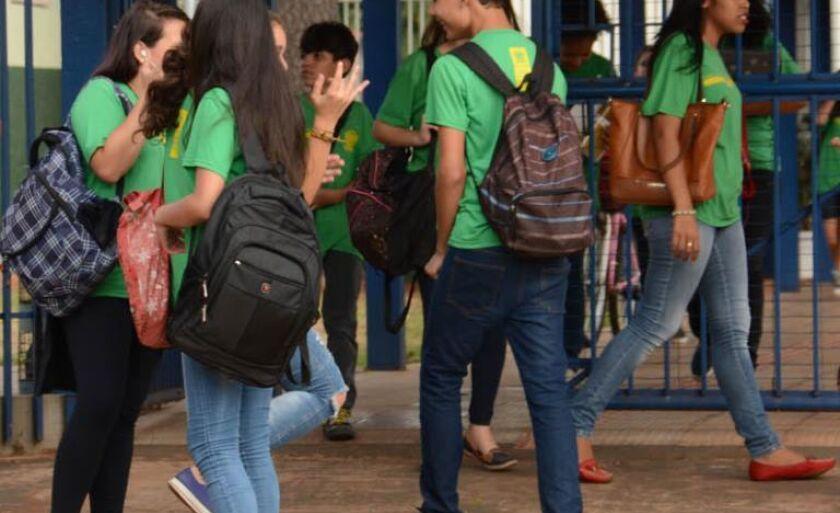Mais de 20 mil alunos voltam às aulas hoje em Três Lagoas