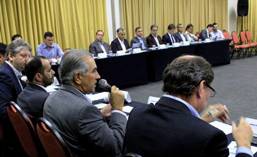 A primeira reunião para discutir a compra do gás natural da Bolívia foi em Campo Grande, na semana passada, com a presença do governador Reinaldo Azambuja