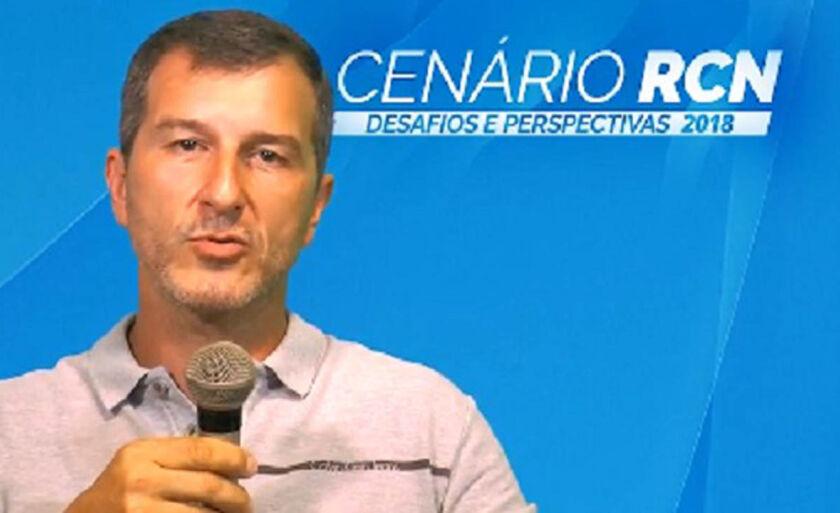 Samuel Alonso Filho, diretor-proprietário da empresa Selena Fiat,  disse que no segundo semestre de 2017 houve sinal de melhora na economia