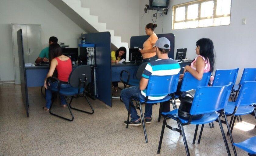 A Agência de Empregos  fica localizada na rua Barão do Rio Branco 1.225, Centro