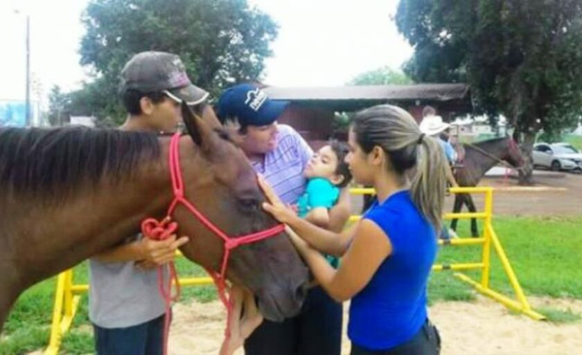 Trabalho é realizado no Sindicato Rural de Três Lagoas, em parceria com o Centro de Equitação e Equoterapia Gasparelli