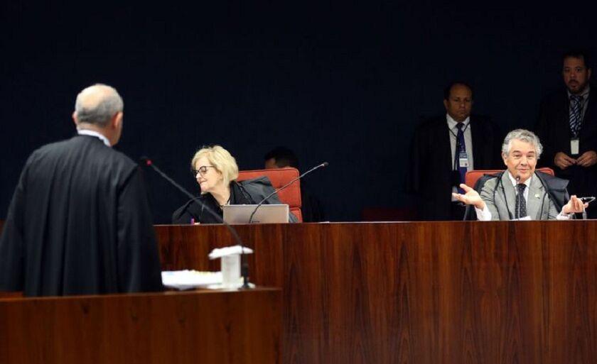 Os ministros do STF Rosa Weber e Marco Aurélio Mello durante julgamento do inquérito