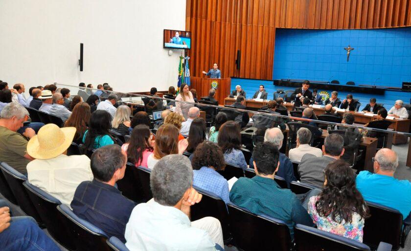 Senador Pedro Chaves realiza série de audiências em MS e MT para debater a proposta