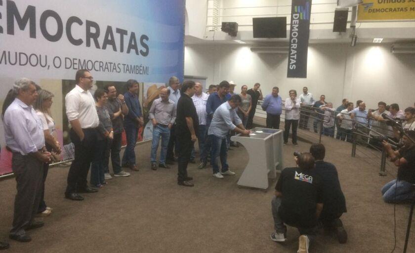 A solenidade de filiação aconteceu em Campo Grande e contou com o presidente da Câmara dos Deputados