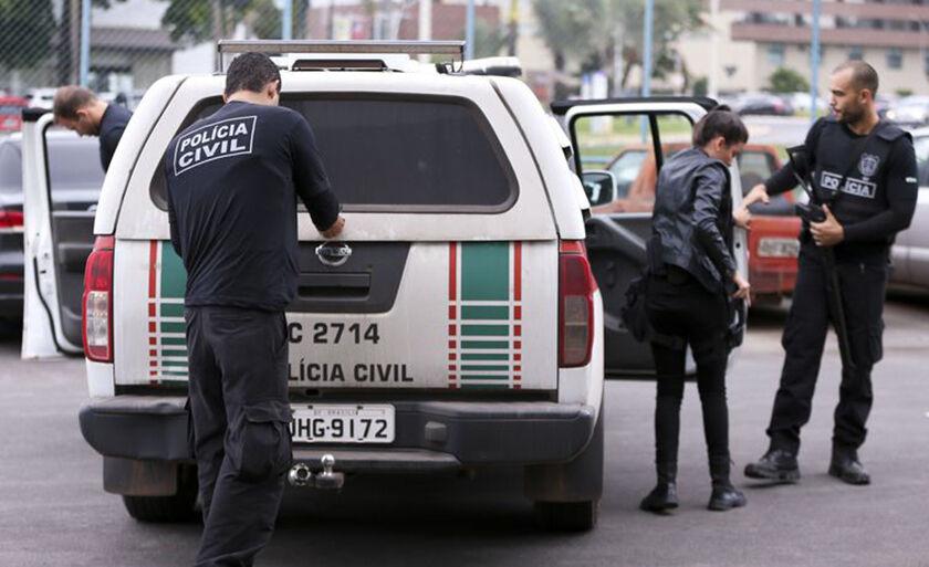 Cerca de 2,6 mil policiais civis cumprem mais de 500 mandados de busca e apreensão dentro da operação Luz na Infância 2