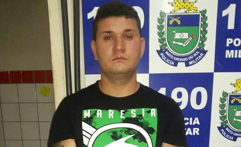 Aleandro Dias foi preso em flagrante por policiais militares