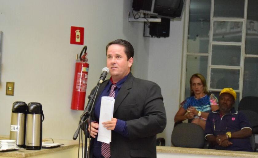 Corujinha contou ainda que disse ao governador que ele parece ter se esquecido de Paranaíba