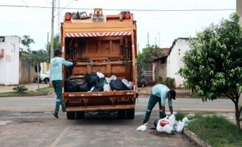 Um das denúncias é para reanálise do processo de dispensa de licitação para contrato da empresa Financial, que faz a coleta do lixo ixo
