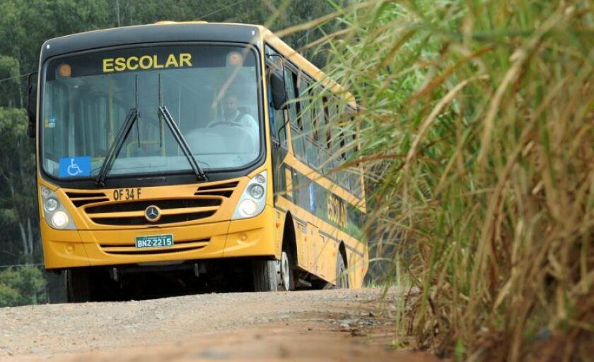 A decisão foi anunciada após reunião com grupo de motoristas do transporte escolar no meio rural