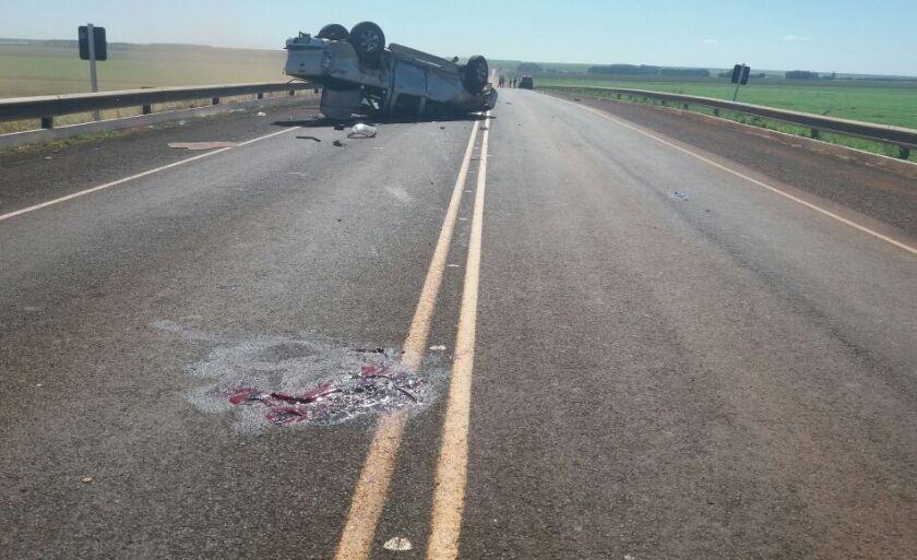 Além da vítima fatal estava no veículo um adolescente de 13 anos e outras duas pessoas de 40 e 44 anos