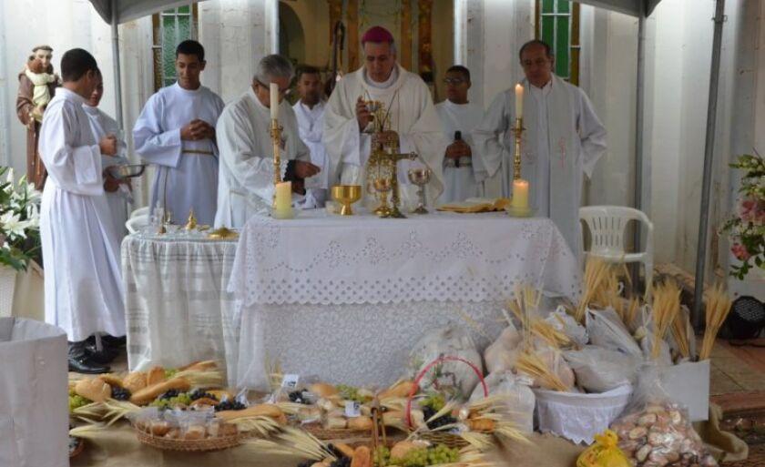 Bispo ressaltou a importância dos administradores  se espelharem em Santo Antônio que combateu a injustiça em sua época