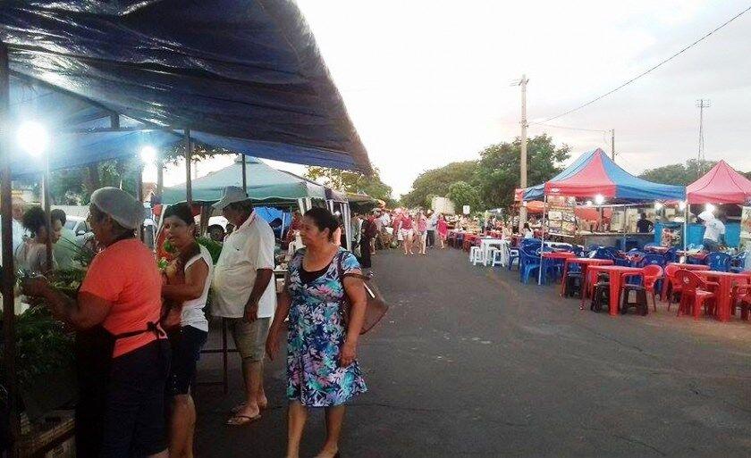 Feira Livre acontece na avenida Rosário Congro