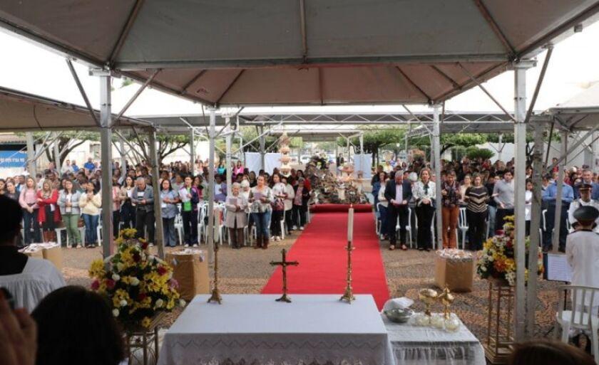 A Missa Campal será celebrada pelo bispo da Diocese de Três Lagoas, Dom Luiz Knupp.