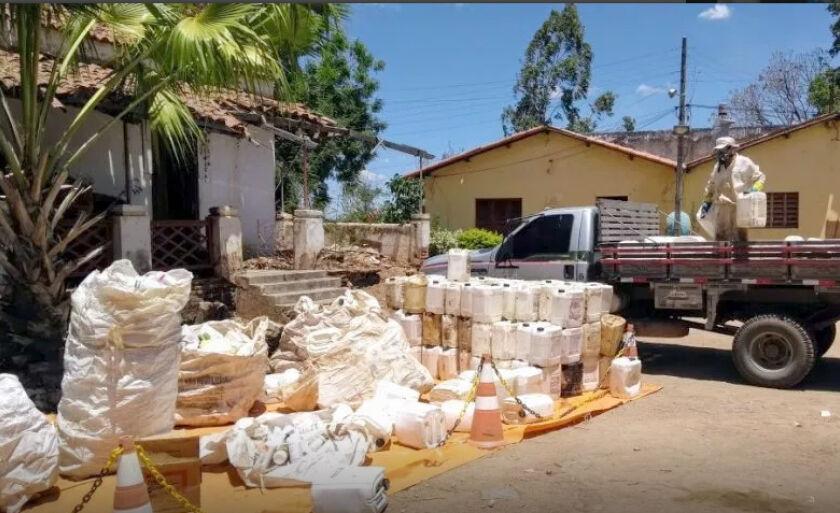 O Sindicato aderiu ao programa Campo Limpo, que é o nome do programa brasileiro de logística reversa de embalagens vazias