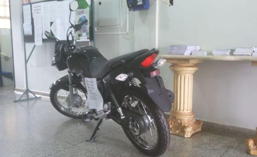 A cartela custa R$30 e na cartela cheia será sorteado uma moto