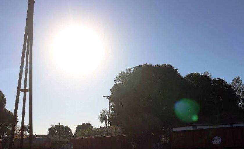 Previsão é de temperatura mínima é de 17ºC e a máxima de 33ºC