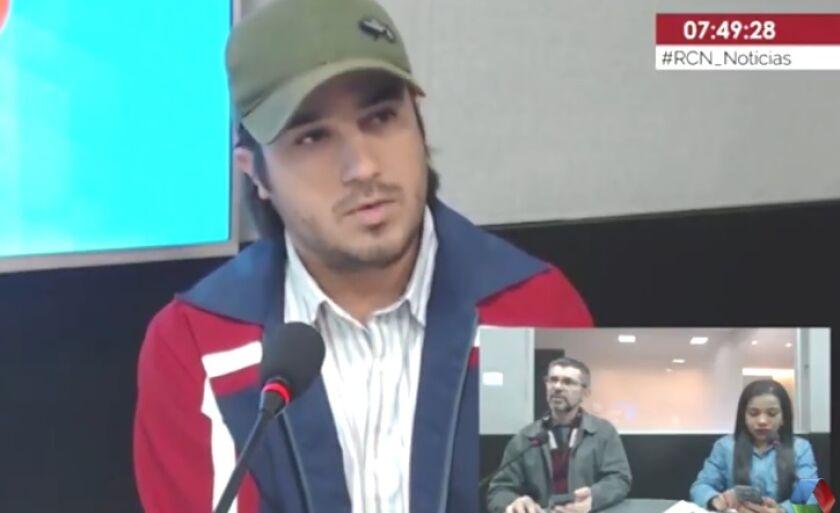 Júnior Ferrari dá entrevista sobre o evento de montarias