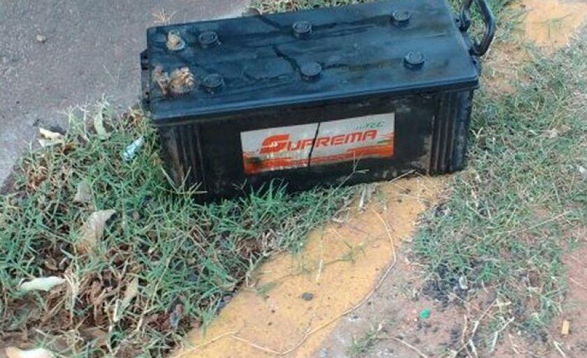 As duas baterias foram furtadas