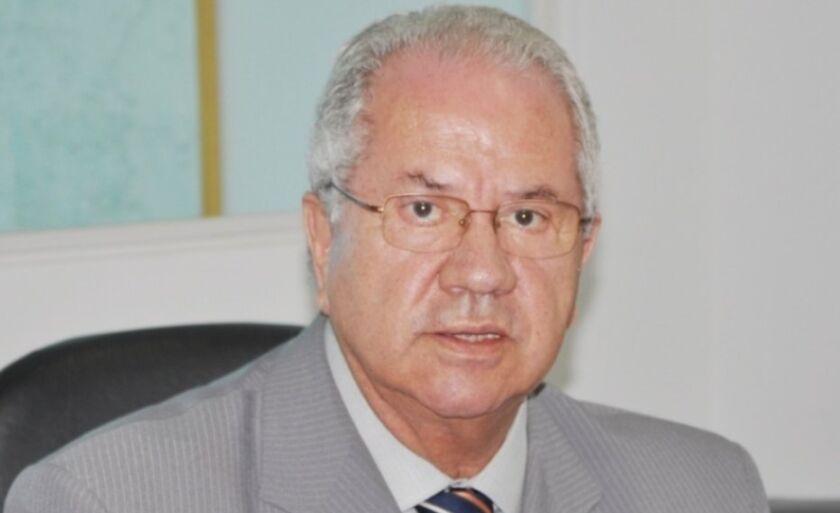 *Carlos Borges da Silveira é empresário. Foi ministro da Saúde e deputado federal.
