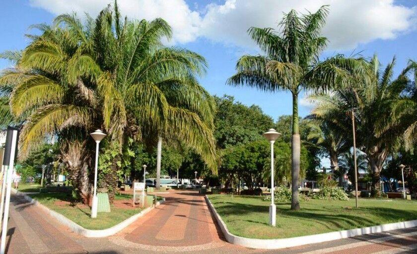 A decoração a princípio será no calçadão Diogo Pinhé e Praça da República, na área Central