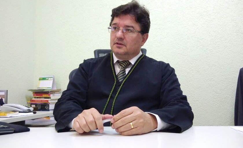 A palestra será com o juiz da Vara do Trabalho do município, Luiz Divino Ferreira