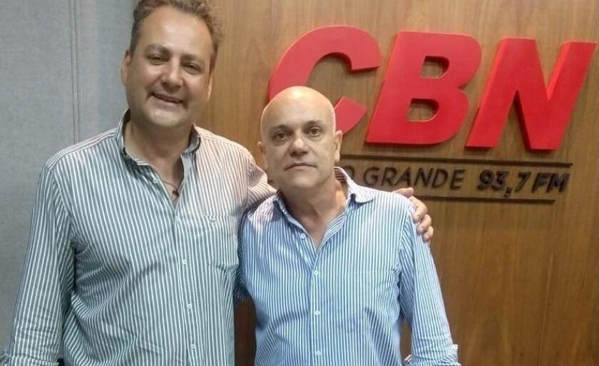 Presidente da Atratur Guilherme Miguel Poli ao lado do apresentador José Marques
