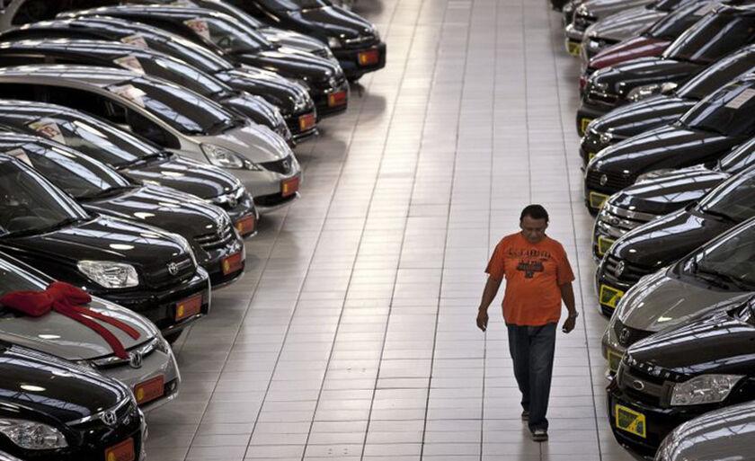 Venda de carros novos tem o melhor resultado desde 2015, diz Anfavea