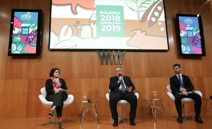 Diretoria da Confederação da Agricultura e Pecuária do Brasil, ontem em Brasília. Números otimistas para 2019