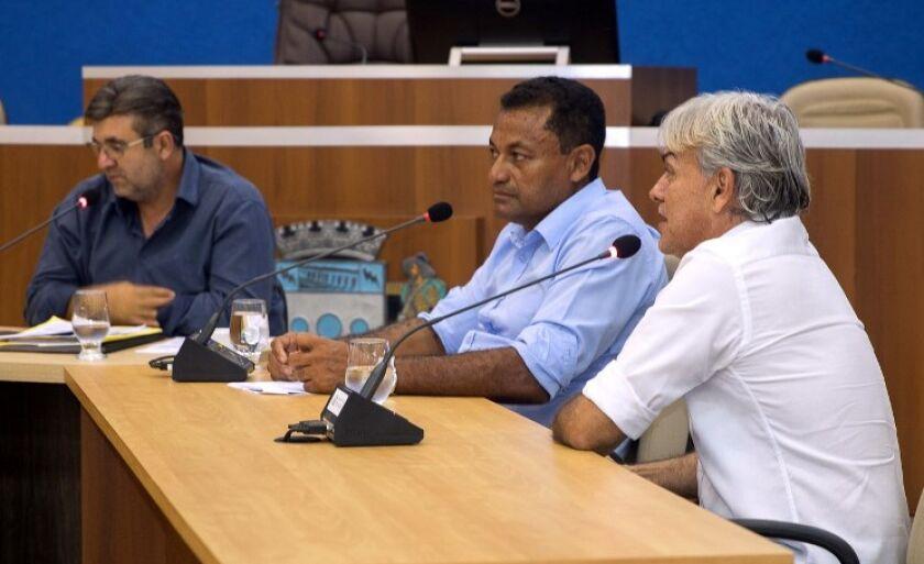 Vereadores que  compõem a comissão
