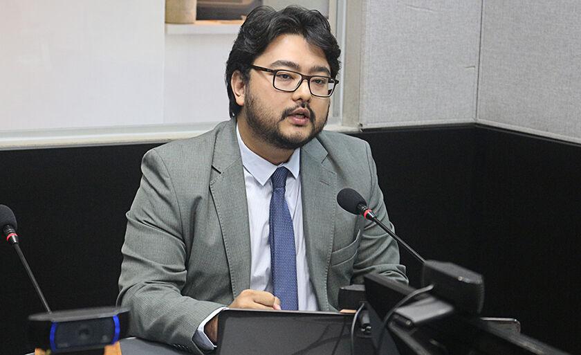 Advogado, Marcos Akamine, falou sobre direitos e deveres escolares, em entrevista nesta quinta-feira (10), na rádio Cultura FM