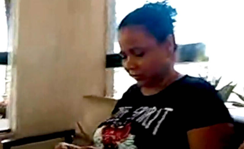 Rosinei: Mal pude velar meu marido. Nem este direito, o homem que o matou me deu...
