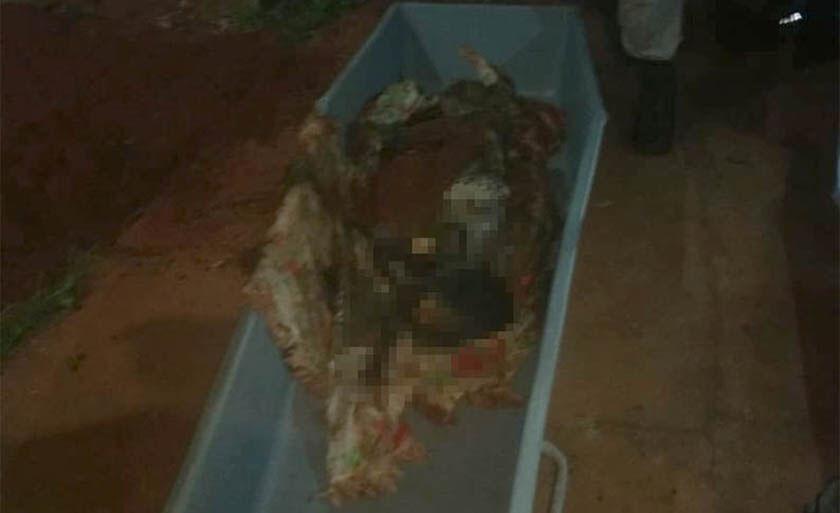 Corpo de dona Helena foi enterrado pela filha no quintal da casa