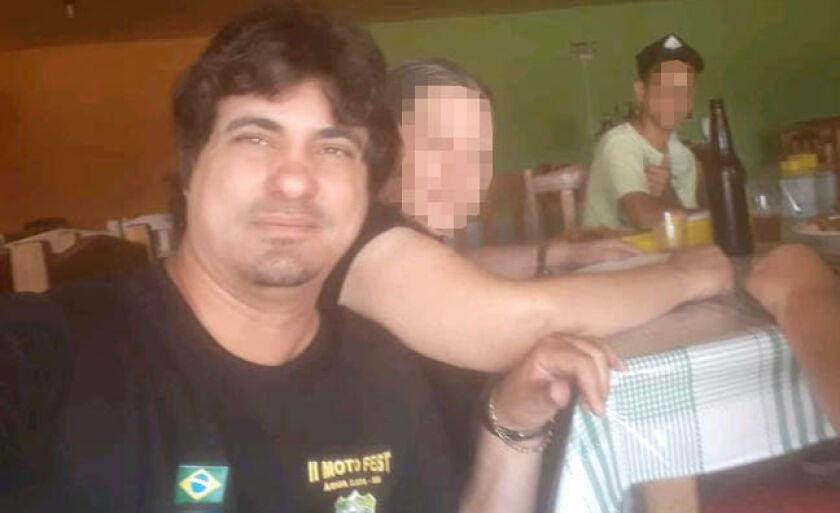 Gustavo negou as acusações, inclusive a de ser a voz que aparece em redes sociais